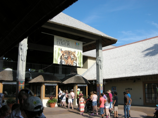 Entry of Jacksonville Zoo and Gardens.