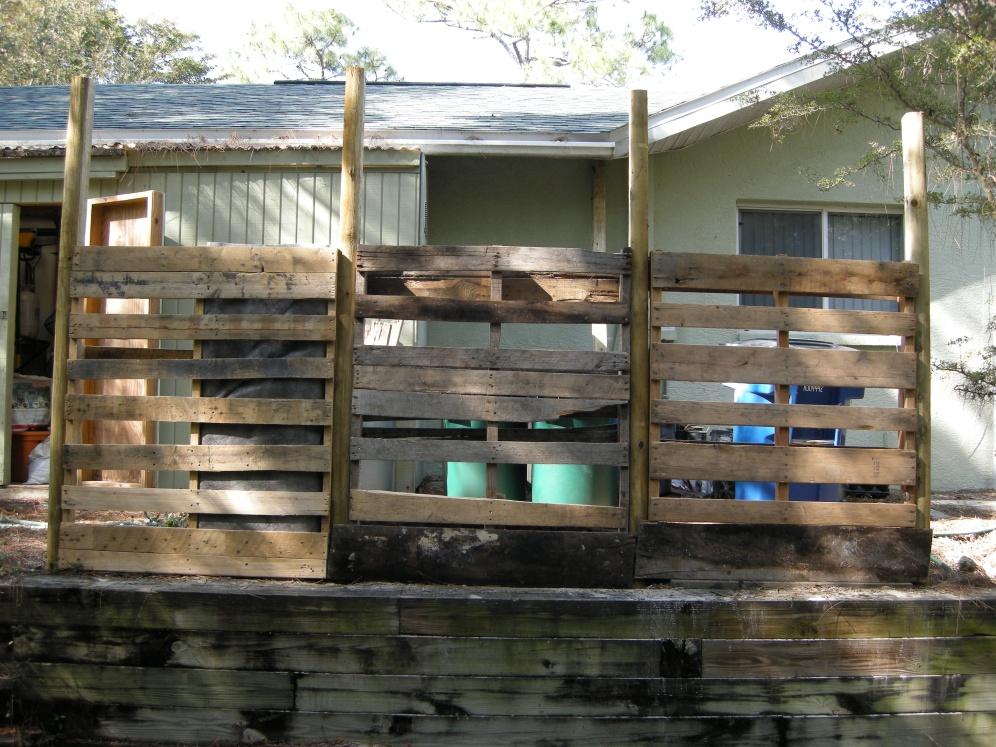 There are better looking pallets but I wanted to use run-of-the-mill used pallets.